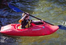 Tips-to-Know-Before-You-Go-to-Buy-Used-Kayaks-on-intelligentking